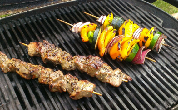 Grilled Kebabs and Veggies